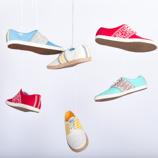 Baskets Solidaires et Artisanales made in Vietnam - N'Go Shoes suspendus